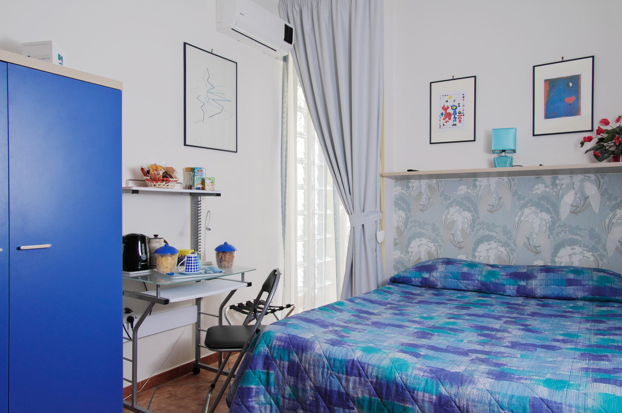 Camera Blu BeB Napoli Plebiscito